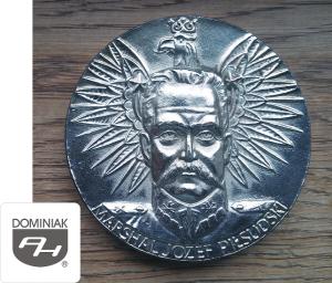 Muzeum Miniaturowej Sztuki Profesjonalnej Henryk Jan Dominiak FAL119 – MARSHAL JÓZEF PIŁSUDSKI KAWECKI awers Henryk Jan Dominiak