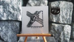 Demo RYS116 – UKRZYŻOWANY 2015 Wojtek (Wojciech) Łuka - wymiar: 3,18 cm x 3,20 cm.
