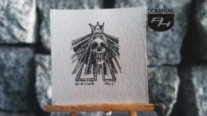 Dama RYS119 – KRÓLOWA 2015 Wojtek (Wojciech) Łuka - wymiar: 3,50 cm x 3,50 cm.
