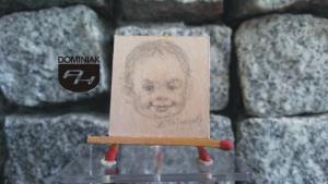 Dzieciństwo nr 1 wizerunek RYS59 – DZIECIŃSTWO nr 1 2014 Volodymyr Goncharenko (Володимир Гончаренко) - wymiar: 3,10 cm x 3,30 cm.