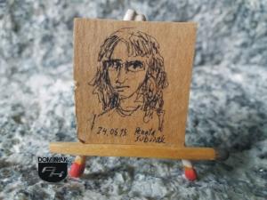 Autoportret Renata Sobczak rysunek tuszem 2,72 cm x 2,95 cm autor Renata Sobczak 2015