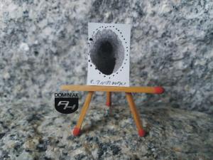 Key nr 11 rysunek tuszem 1,82 cm x 2,62 cm autor Robert Marek Znajomski 2014