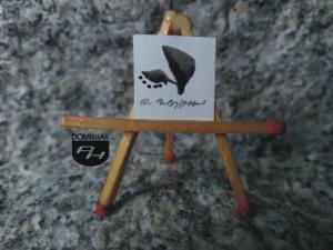 Key nr 8 rysunek tuszem 1,69 cm x 1,69 cm autor Robert Marek Znajomski 2014