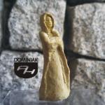 RZE41 – LA DAME BLANCHE 2013 Danuta SAGA Tomaszewska - wymiar: 4,86 cm wysokości