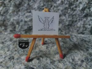 Klęczące anioły nr 2 rysunek ołówkiem 2,09 cm x 1,83 cm autor Volodymyr Goncharenko 2014