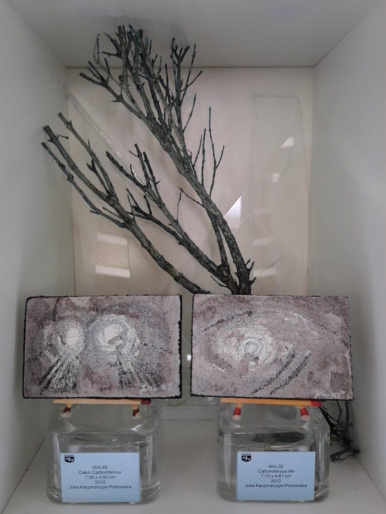 2021 wystawa Całun Carboniferous Carboniferous life obrazy akryl płótno Julia Kaczmarczyk Piotrowska 2012
